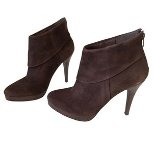 Steve Madden Trishia Brown Suede Ankle Booties
